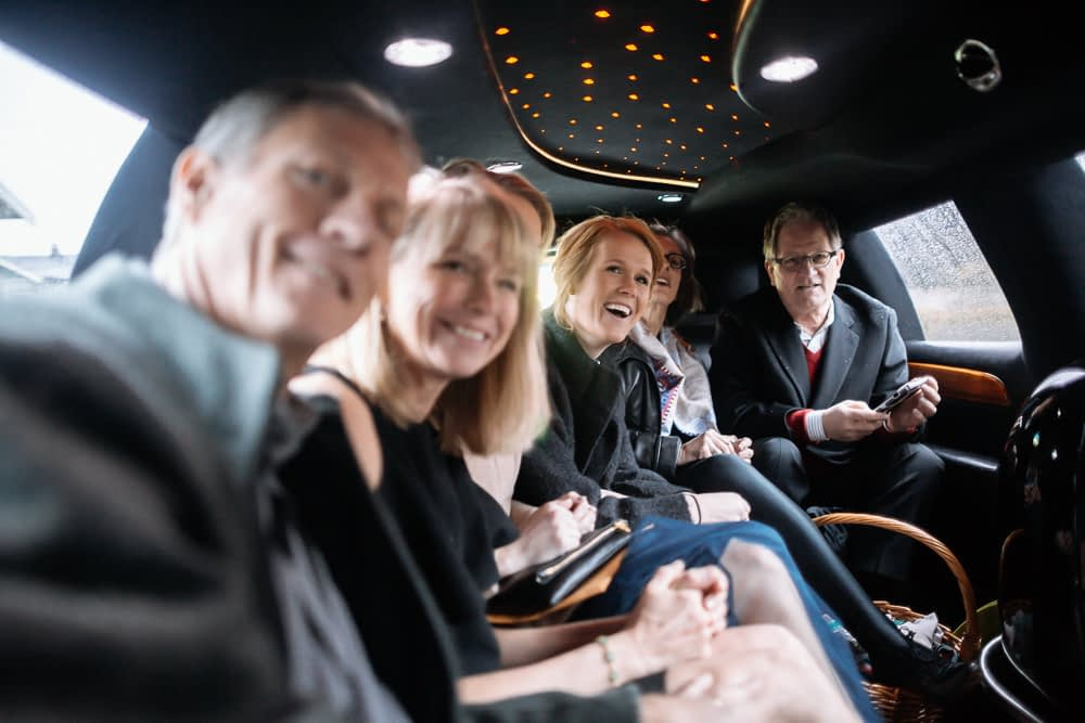 whole family in limo downtown seattle elopement