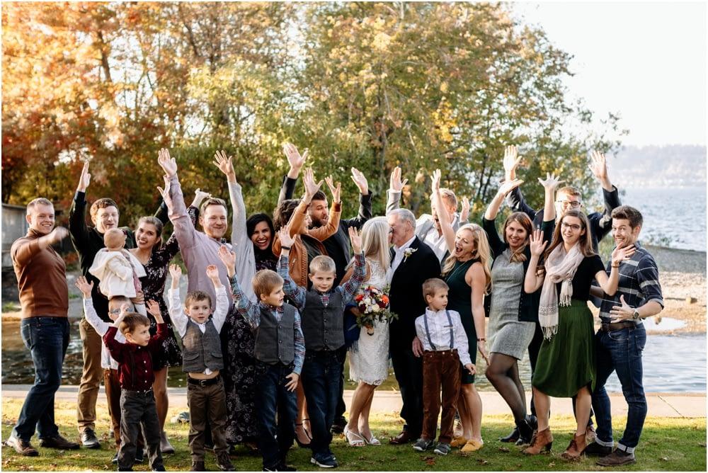 familiy cheers Hyatt Regency Lake Washington